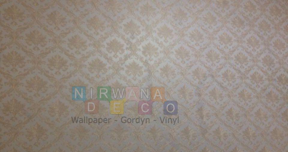 Pemasangan Wallpaper Di Jalan Damai, Ngaglik, Yogyakarta