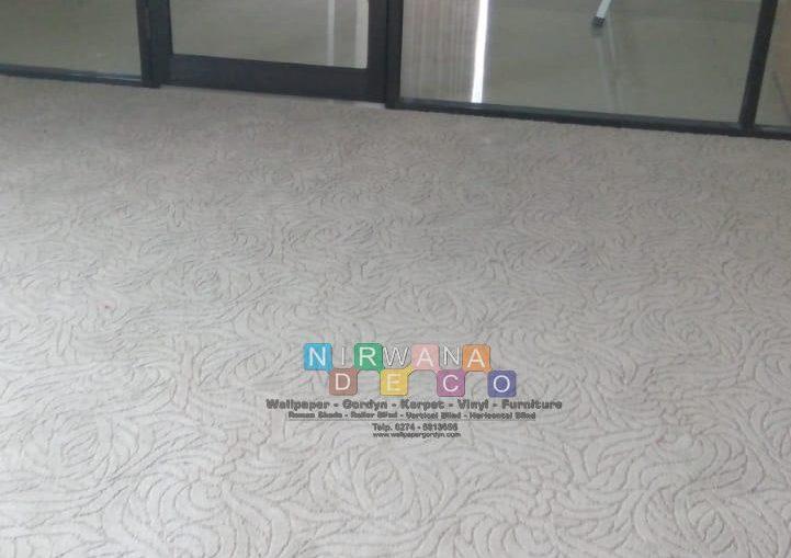 Pemasangan Karpet Lantai Di Tambak Rejo, Sariharjo, Sleman, Yogyakarta
