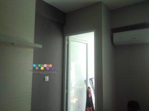 Pemasangan Wallpaper Di Jalan Amarta, Kledokan, Caturtunggal, Yogyakarta