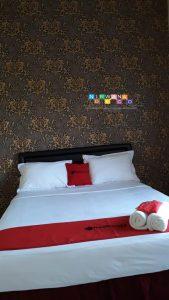 Pemasangan Wallpaper Di Jalan Cepit-Tembi, Sawahan, Pendowoharjo, Sewon, Bantul, Yogyakarta