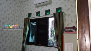 Pemasangan Wallpaper Di Jalan Menukan, Brontokusuman, Mergangsan, Yogyakarta