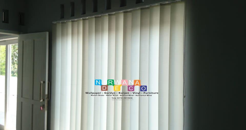 Pemasangan Vertikal Blind Di Gang Solihull Buntu, Karanglo, Purwomartani, Yogyakarta