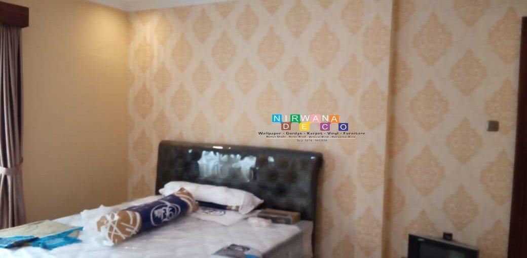 Pemasangan Wallpaper Di Perumahan Griya Indah, Yogyakarta