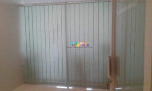 Pemasangan Vertikal Blind Di Jalan Kabupaten, Nogotirto, Gamping, Sleman, Yogyakarta