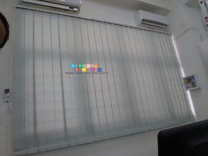 Pemasangan Vertikal Blind Di Jalan Babarsari, Tambak Bayan, Caturtunggal, Depok, Sleman, Yogyakarta