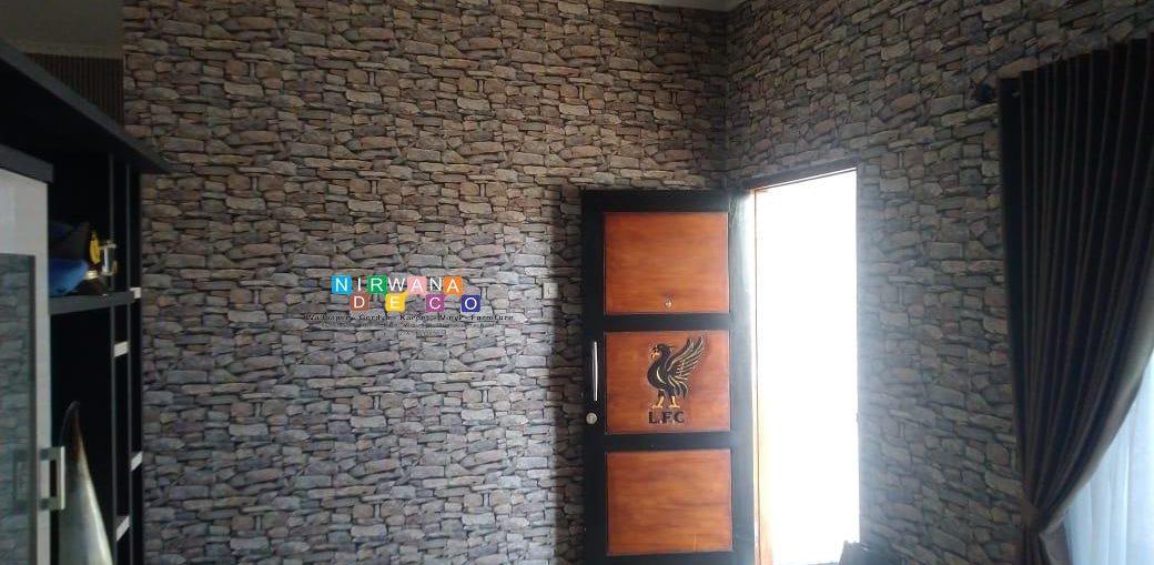 Pemasangan Wallpaper Di Jalan Imogiri Barat, Ngoto, Bangunharjo, Sewon, Bantul, Yogyakarta