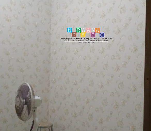 Pemasangan Wallpaper Di Jalan Puspa Indah, Jetis, Bangunjiwo, Kasihan, Bantul, Yogyakarta