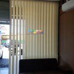 Pemasangan Vertikal Blind Di Jalan Kaliurang, Caturtunggal, Depok, Sleman, Yogyakarta