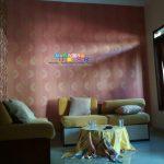 Pemasangan Wallpaper Di Perumahan The Jalimbar Residence Yogyakarta