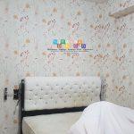 Pemasangan Wallpaper Di Jalan Babaran, Tahunan, Umbulharjo, Yogyakarta