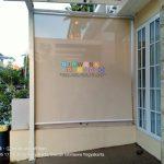 Pemasangan Roller Blind Outdoor di Nitikan Jaya Residence, Sorosutan, Umbulharjo, Yogyakarta
