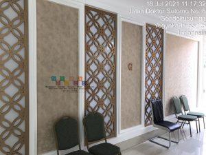 tips memilih wallpaper ruang tamu