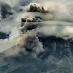 Gunung Merapi Luncurkan Awan Panas Guguran Sejauh 2.000 Meter Pada Jumat Pagi
